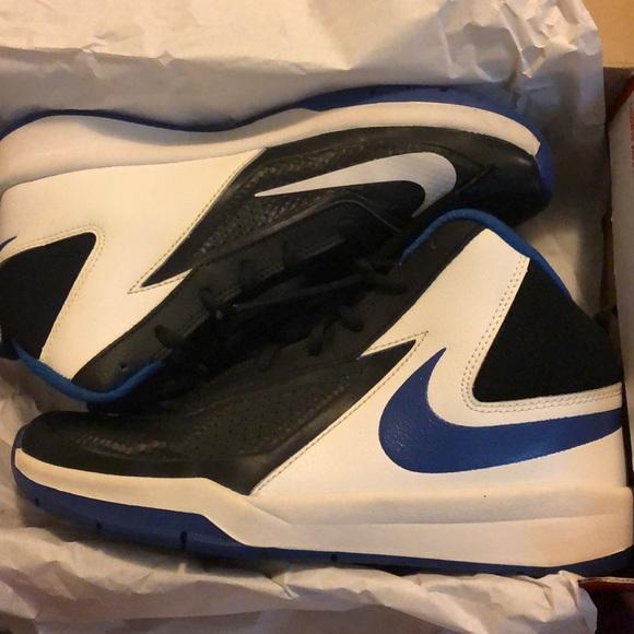 Black White Blue Nike Team Hustle D7